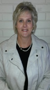 Financial Office : Mrs M. Odendaal